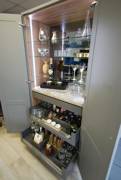 Quality Kitchens, Bedrooms and Living Spaces from a family run business in Guildford, Surrey Dining Room Shelves, Living Room Bookcase, Kitchen Interior, Kitchen Design, Glass Display Shelves, Kitchen Storage, Drawer Storage, Home Bar Designs, Drinks Cabinet