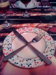 #art_table #dark_red #wine_blood #chic_hot