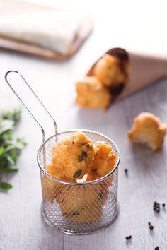 Irresistibili #frittelle di baccalà! ( #cod fritters) #Giallozafferano #recipe #ricetta #baccala