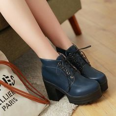 58d9a0789be Girls Block Heel Roman High Platform Lace Up College Ankle Boots Shoe  Platform Boots Outfit