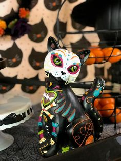 Planning a Day of Dead Party? Then you need to check out this list of Dia de los Muertos party resources! Halloween Food For Party, Halloween Home Decor, Halloween House, Scary Halloween, Halloween Costumes, Halloween Halloween, Vintage Halloween, Halloween Makeup, Holiday Decor