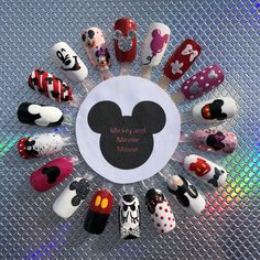 Nageldesign Mickey and Minnie Mouse - - Minnie Mouse Nails, Mickey Mouse Nails, Disney Mickey Mouse, Disney Acrylic Nails, Cute Acrylic Nails, Disney Nails Art, Disney Nail Designs, Nail Art Designs, Christmas Nail Art