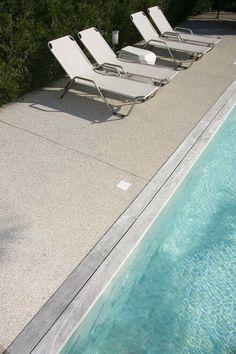 Aménagement d'un contour de piscine en Articimo® stabilisé