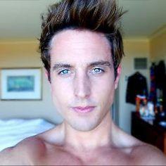 Sawyer Hartman- sexiest youtuber.