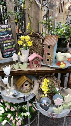 Spring Display - Watertown Spring Garden, Bird Houses, Ladder Decor, Merchandising Ideas, Presents, Easter, Concept, Display, Table Decorations