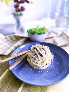 Kremet linguini med sopp og parmesan – Anine Gutubakken Byles Parmesan, Bacon, Spaghetti, Ethnic Recipes, Food, Essen, Meals, Yemek, Pork Belly