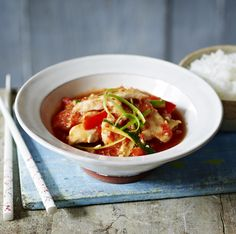 Stir-fried chilli chicken - Recreate a takeaway favourite at home with Ching's quick and easy chicken stir-fry recipe. Chilli Chicken Stir Fry, Chilli Chicken Recipe, Fried Chicken Recipes, Easy Chinese Recipes, Asian Recipes, Easy Recipes, Dinner Recipes, Healthy Eating Recipes, Cooking Recipes