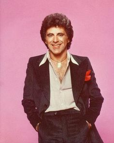 Picture of Frankie Valli Tommy Devito, Frankie Valli, Jersey Boys, Get Tickets, Carrie Underwood, Pop Music, Four Seasons, Vintage Posters, Eye Candy