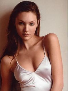 Candice Swanepoel (September 2005 - March 2010) - Page 15 - the Fashion Spot