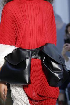 Preferidos da Menina Doris Biscudo no desfile da Marni na Semana de Moda de Milão (MFW).
