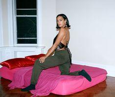 New York Studio, Neo Soul, Solange Knowles, Minimalist Fashion, Minimalist Style, Latest Images, Female Singers, Black Is Beautiful, Her Style