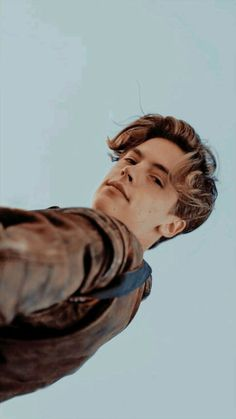 Pin by generator on cole sprouse in 2019 cole sprouse locksc Dylan Sprouse, Cole M Sprouse, Sprouse Bros, Cole Sprouse Jughead, Beautiful Boys, Pretty Boys, Cute Boys, Leonardo Dicaprio, Dylan Y Cole