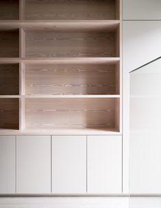 Réf parfaite: couleur et grain du bois et rangements blanc
