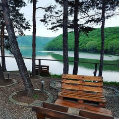 Sunset Lake, Beautiful Sunset, Outdoor Furniture, Outdoor Decor, Cabin, Park, Instagram Posts, Home Decor, Romania