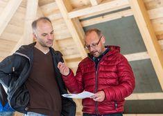 Homeplaza: Gesünder Wohnen - Bei energetischer Sanierung auf Wärmeschutz und Raumluftqualität achten (Foto: epr/IVPU) Winter Jackets, Save Energy, Homes, Winter Coats, Winter Vest Outfits