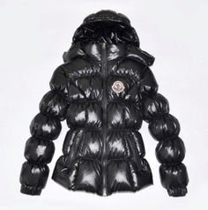 Moncler Cheap Design Women Down Jacket Stand Collar Black Outlet.