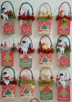 Christmas Ornament Hanger Box Ornament / Retro St - Craft For Teenagers Creative Mini Christmas Ornaments, Vintage Christmas Crafts, Retro Christmas Decorations, Diy Christmas Garland, Vintage Ornaments, Holiday Crafts, Christmas Holidays, Christmas Ideas, Ornaments Ideas