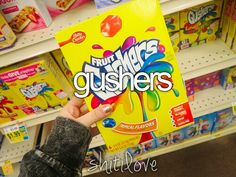 Fruit Gushers Probably my favorite candy. Fruit Gushers, Tumblr Quality, Tumblr Food, Just Girly Things, Girly Stuff, Snack Recipes, Snacks, Favorite Candy, I Love Food