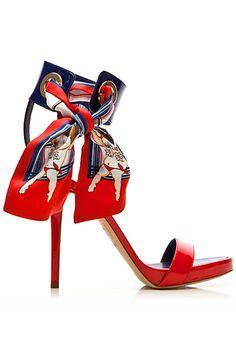Dsquared2 #moda #fashion #cuero #leather #bolsos #bags #zapatos #shoes…