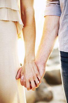 Such a cute engagement photo idea :-)