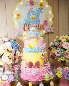 91 Ideias Lindíssimas de Bolo da Galinha Pintadinha desde o Bolo Simples ao 5 Andares Baby Birthday, Birthday Parties, Birthday Cake, Colorful Candy, Candy Colors, Candy Cakes, Cupcake Cakes, Girl Cakes, Sugar And Spice