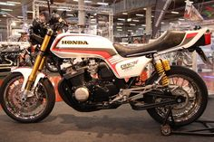 Honda CB 900 F Custombike.  http://www.1000ps.at/motorrad-bildergalerie-Custombike_Show_2012_Bad_Salzuflen___Teil_6-8860