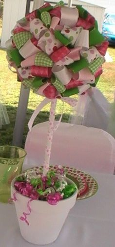 ribbon topiary with video tutorial link