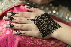 Bridal Mehndi by Huma Sharif Salon