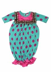 Bebe Mwah Children's Boutique has the most adorable boys & girls clothing in sizes newborn to Designer girls clothes by Haute Baby and Purrfect. Kids Fashion Show, Baby Girl Fashion, Sleeping Gown, Girls Designer Clothes, Gowns For Girls, Baby Gown, Children's Boutique, Girl Outfits, Cold Drip