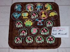 Tons of Metroid Cupcakes!! Try to name everything!!