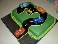 Race Car Birthday Cake cakepins.com