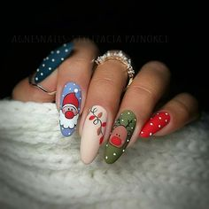 Newest Christmas Nail Art Ideas For 2019 - Page 10 of 10 - Vida Joven - -You can find Noel nails and more on our website.Newest Christmas N. Nail Noel, Xmas Nail Art, Xmas Nails, Winter Nail Art, Holiday Nails, Winter Nails, Spring Nails, Diy Christmas Nail Designs, Cute Christmas Nails