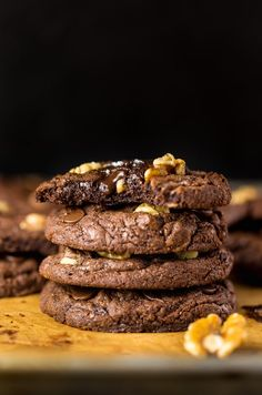 These Triple Chocolate Brownie Cookies are SO decadent! If you're trying to eat more vegetables in 2018… this might not be the post for you. But! If you're trying to eat more chocolate in 2018, allow me to introduce you to your new best friend ↓ Triple Chocolate Brownie Cookies! And I'm so excited to...