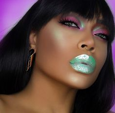 Sparkle on! @iamcharityleigh Details: - Eyes: PINK LEMONADE #PocketCandyPalette - Highlight: HI-LITE: Unicorns in 'Frolic' - Lips: #DiamondCrushers in MEADOW
