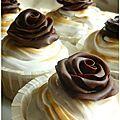 Voici une recette de cupcakes que j'adore!!! Je l'ai découverte sur le blog de Féerie cake et depuis je l'ai adoptée! Cette recette est...