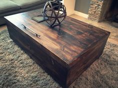 Manhattan Coffee Table by SalvageProject on Etsy Manhattan, Home Furnishings, New Homes, Coffee, Table, House, Etsy, Furniture, Vintage