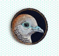 Zebra Dove . brooch . handmade . felt . needle felted . hand embroidered . animal…cOnieco