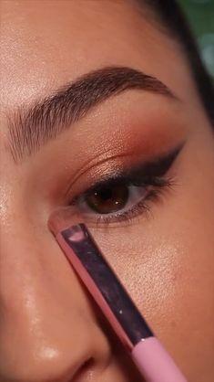 Edgy Makeup, Makeup Eye Looks, Eye Makeup Art, Smokey Eye Makeup, Cute Makeup, Eyebrow Makeup, Eyeshadow Makeup, Eye Makeup Steps, Beautiful Eye Makeup