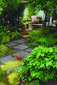 Dorable Stepping Stone Path Through Front Yard Garden Image 2 Square Pavers Zigzag Through A Leafy Shade Garden To Meet A Back Porch From Litw Page 118 Photo Illustration Allan Mandell Garden Steps, Garden Paths, Backyard Garden Design, Backyard Landscaping, Yard Design, Balcony Garden, Landscaping Ideas, Stepping Stone Paths, Stone Walkway