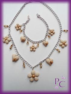Cod. CMP0036  -Parure Flowers&Hearts  Paste sintetiche