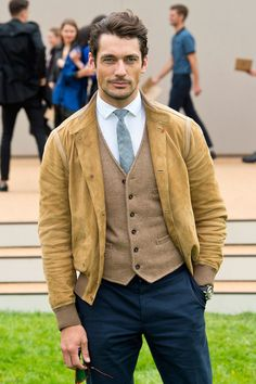 David Gandy - Burberry Prorsum Arrivals - London Collections: MEN SS14 Foto: Ben A. Pruchnie/Getty Images Europe #DavidGandy #LCM