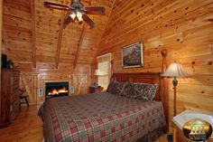"""Cheap - Pet Friendly - """"Beary Private"""" Smoky Mountain Cabins for Rent in Gatlinburg and Pigeon Forge TN"""