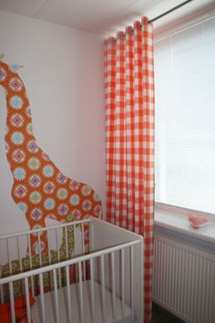 ... gordijnen #gordijnstof #ruitstof #ruitgordijn #oranje #kinderkamer #