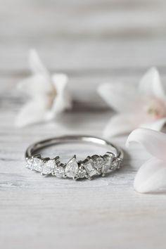 Grew and Co / Fine Jewellery / Engagement ring / Wedding Jewelry / White Diamonds / Wedding Style Inspiration / The LANE #weddingjewelry