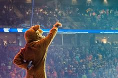 Lion: Welcome to THON 2013 (photo: Penn State FB page)