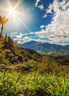 Read about Jesse Bayer& decision to move to Loja Ecuador. Learn what it& like to live in southern Ecuador. Cuenca Ecuador, Barcelona Ecuador, Ocean Photography, Photography Tips, Portrait Photography, Wedding Photography, Equador, Galapagos Islands, South America Travel