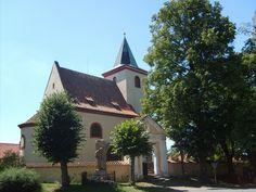 Česko, Hrusice - Románsky kostel sv.Václava