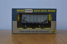 W4625 20 Ton Bulk Grain Wagon