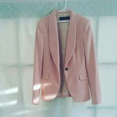 Zara pink suit. In perfect condition. 99%new Really chic suit .moving sale! All prices of my postings are negotiable.i can lower the price for you if interested so that you can get discounted shipping. Zara Jackets & Coats Blazers