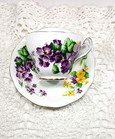 LAVENDER LADY TEACUP Saucer Set Vintage Teacup English Bone China Royal Standard Cup and Saucer Set Purple Violets Gift for Tea Lover